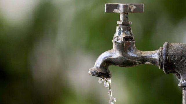 Habrá disminución de agua en Bº René Favaloro