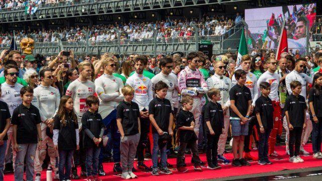La Fórmula 1 reemplazará a las promotoras por niños