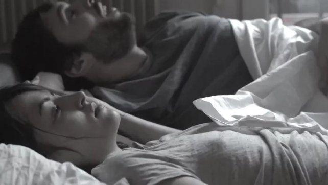 Un corto viral plantea las violaciones en la pareja