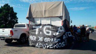 Camioneros autoconvocados cortan varias rutas de la provincia