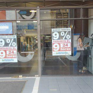 bancarios amenazan con un paro de uno o dos meses