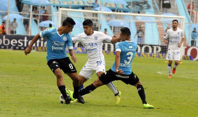 Godoy Cruz frenó a Belgrano y se metió en zona de Libertadores