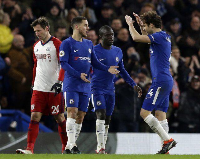 Chelsea se aprovechó del West Bromwich y se afirmó en puestos de Champions