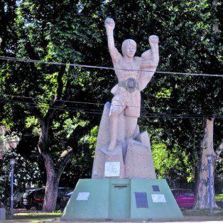 a 30 anos del femicidio de alicia muniz, habra una concentracion frente al monumento a monzon