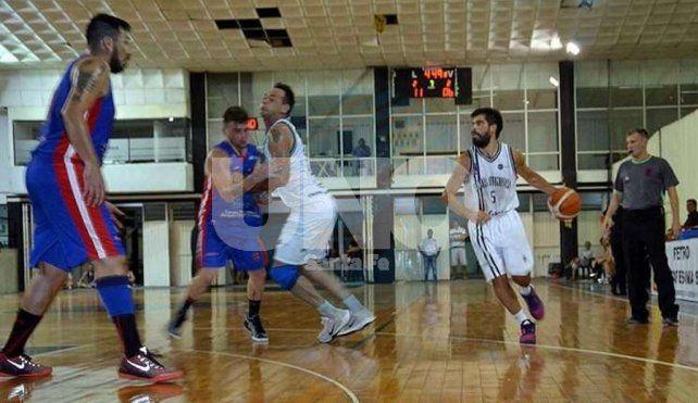 Alma y Rivadavia extendieron su buen momento en la Copa Santa Fe