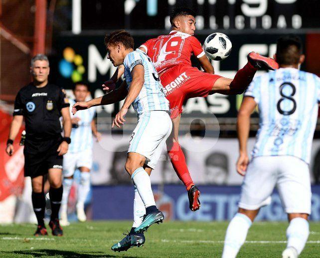 Argentinos y Atlético Tucumán repartieron puntos en un empate con varias polémicas