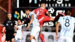 argentinos y atletico tucuman repartieron puntos en un empate con varias polemicas