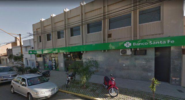 Bº Guadalupe: atención con los cajeros automáticos del Banco Santa Fe