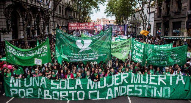 Masiva movilización en Congreso por el aborto legal