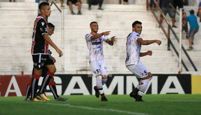 Patronato doblegó a Chacarita y sigue sumando en la Superliga
