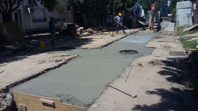 El desagüe Mariano Comas de la ciudad de Santa Fe presenta un 36% de avance
