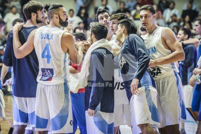 Argentina afronta un examen de riesgo ante Uruguay