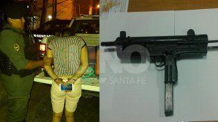 detuvieron a una mujer con 331 dosis de cocaina y le secuestraron una pistola ametralladora cargada