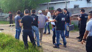 asesinaron a un adolescente y a un hombre en el barrio villa oculta