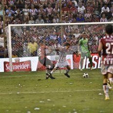 Unión le empató el Clásico a Colón con un gol en contra de Ortiz