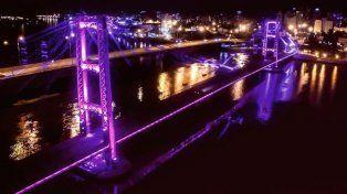 Solicitan iluminar de violeta el Puente Colgante por el Día Internacional de la Mujer