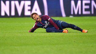 Operan a Neymar