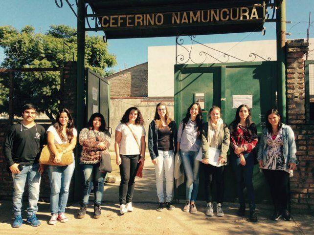 Objetivo. La iniciativa busca brindar acompañamiento áulico a alumnos de las escuelas secundarias Nº 2025 Ceferino Namuncurá y Nº 481 Esteban Echeverría de Santa Fe.