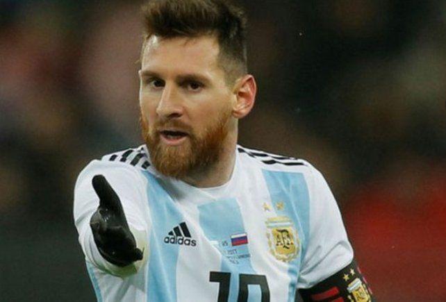 Messi no es humano, no debería ser autorizado para jugar por la FIFA