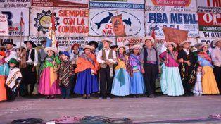 Quiénes fueron los galardonados del Festival Folklórico Teofilo Madrejón
