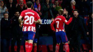 Atlético le mete presión al Barcelona