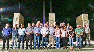 La reunión de intendentes y presidentes comunales se realizó este miércoles en San Lorenzo.