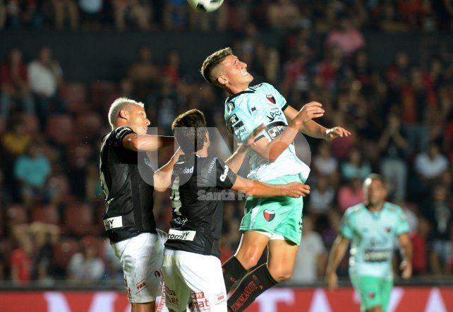 Colón dejó pasar una buena chance de acceder a la zona de Copa Libertadores