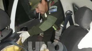 Requisa. Los agentes encontraron más de siete kilos de droga.