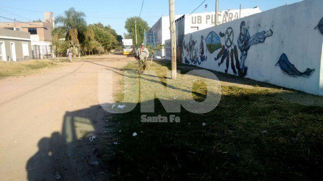 Tras el reclamo de los vecinos, llegó la limpieza a los alrededores de club Pucará