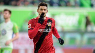 Lucas Alario fue clave en la victoria de Leverkusen
