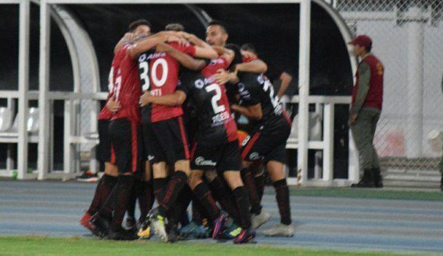 Colón ya piensa en el partido contra Zamora