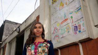 Seis vitrinas exhiben el arte y las creaciones de los niños del oeste