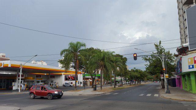 Así lucía el cielo sobre Santa Fe a las 14.