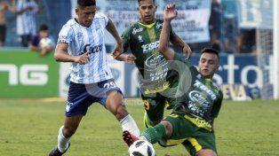 Defensa le amargó la fiesta a la Pulga Rodríguez