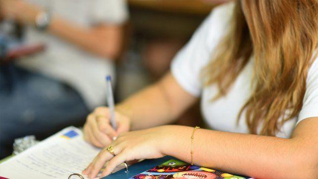 El gobierno provincial abrió la inscripción a las becas socioeducativas