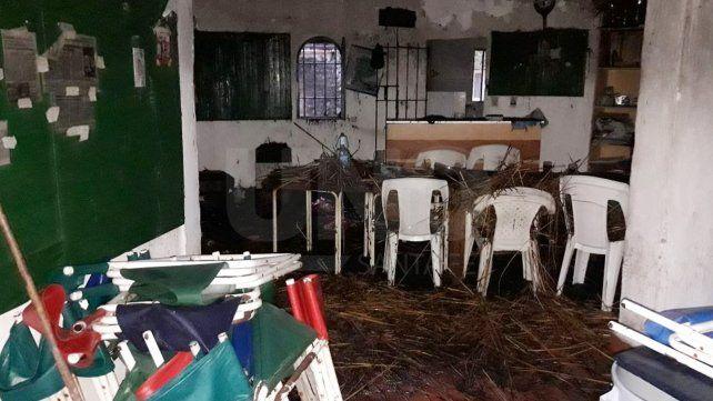 Se  incendió el salón de un club de paddle en Francia y Bulevar