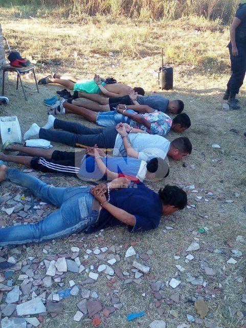 Persiguieron y atraparon a una banda con armas y balas de guerra