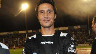 Un ex-árbitro disparó contra Grondona y dos clubes argentinos