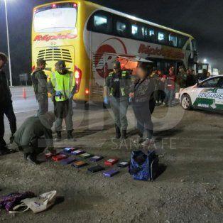 secuestraron mas de 16 kg de cocaina en un colectivo en la autopista, a la altura de sauce viejo