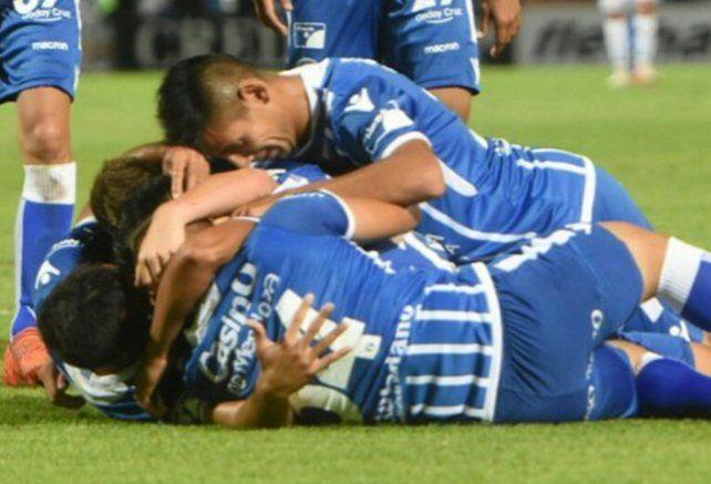 Godoy Cruz volvió a ganar y se metió en zona de Copa Libertadores