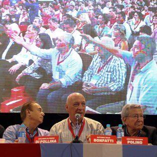El presidente del Partido Socialista (PS), Antonio Bonfatti participó este sábado del VII Congreso Nacional Ordinario del partido, en Rosario.