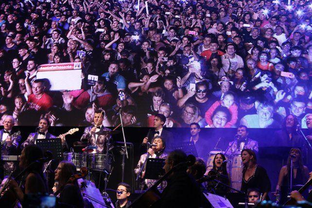 ¡Histórico! Más de 160.000 personas bailaron al ritmo de Los Palmeras en el Obelisco