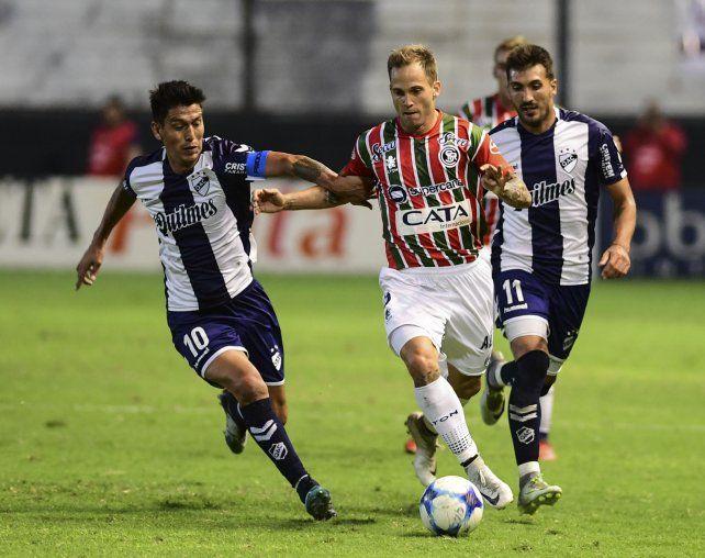 Independiente Rivadavia le ganó una final por la permanencia a Quilmes