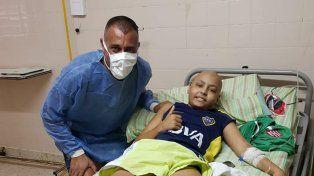 ¡Puro corazón! Nereo le cumplió el sueño a un nene que lucha por su vida