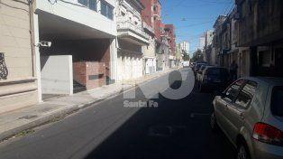 Calle Crespo al 2.800, pleno microcentro santafesino.