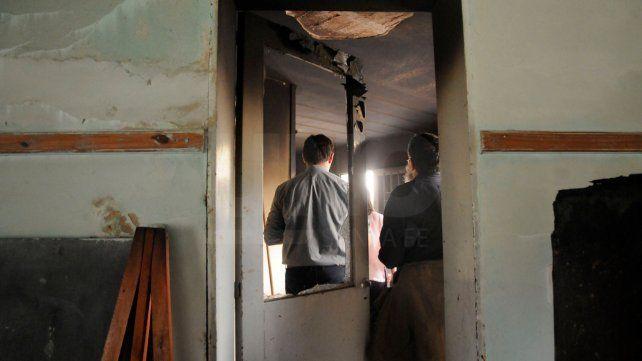 Incendiaron y provocaron destrozos de manera intencional, en la parroquia Nuestra Señora de Pompeya