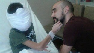 El emotivo gesto de Abel Pintos con un chico con cáncer