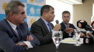 Diálogo. Correa