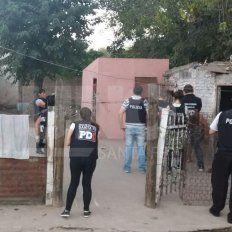La PDI estuvo a cargo del allanamiento en el barrio San Agustín.