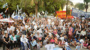 Nunca Más: cientos de santafesinos marcharon por verdad, memoria y justicia